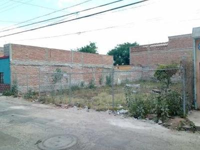 Terreno Urbanizado Con Servicios En Su Alrededor, A Media Cu
