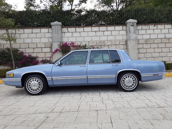 Cadillac Sedan Ville