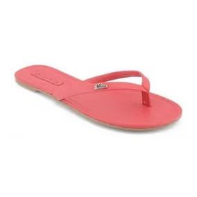 Chinelo Rasteiro Rebite Personalizado Morena Rosa Shoes