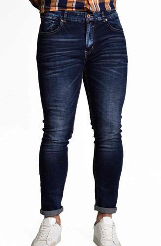 Imagen 1 de 6 de Pantalón Skinny Hombre Mezclilla Dark 215