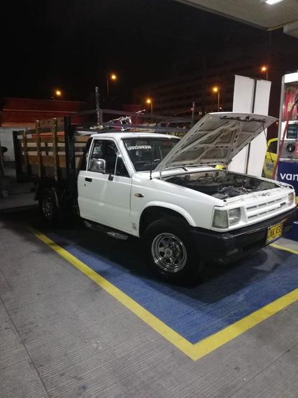 Mazda B2000 Pick Up Estacas