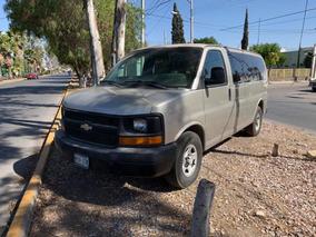 Chevrolet Express 8 Pasajeros V8 5.3