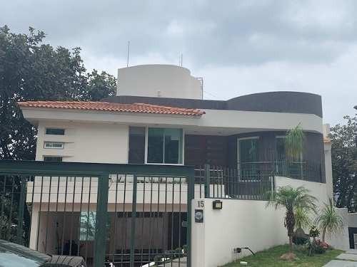 Casa En Venta En Zapopan Colonia Bugambilias