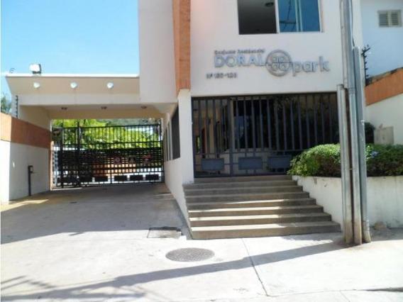 Yosmar Muñoz Vende Townhouse En Res Dorla Park Crth-007