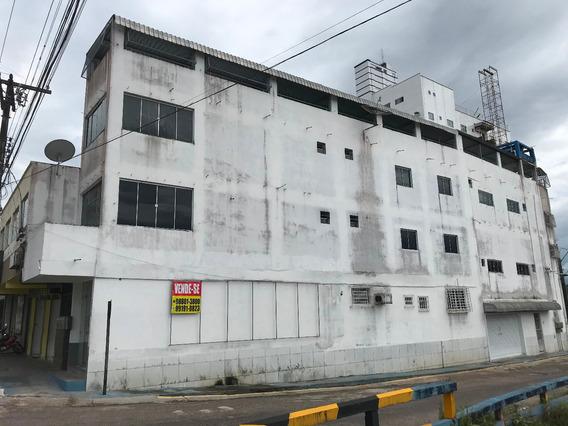 2 Apartamentos + 1 Ponto Comercial No Centro De Castanhal