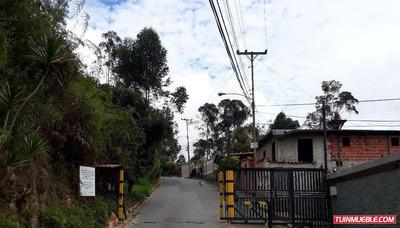 Inmobiliaria For Sale Vende Terreno Id-138