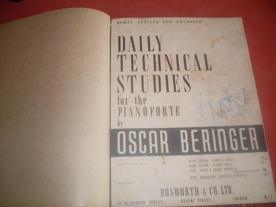 Livro Antigo Com Partituras - Daily Technical Studies