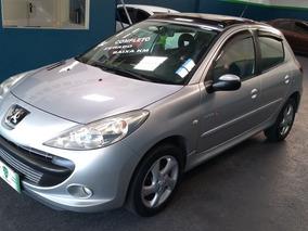 Peugeot 207 1.4 Quiksilver Flex - 2011 - Raridade