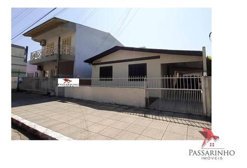 Imagem 1 de 22 de Casa Com 3 Dormitórios À Venda, 300 M² Por R$ 1.000.000,00 - Centro - Torres/rs - Ca0558