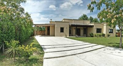 Casa En Alquiler Por Temporada En Altos De Manzanares