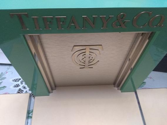 Exhibidor Original Tiffany & Co ( Modelo De Joyería )