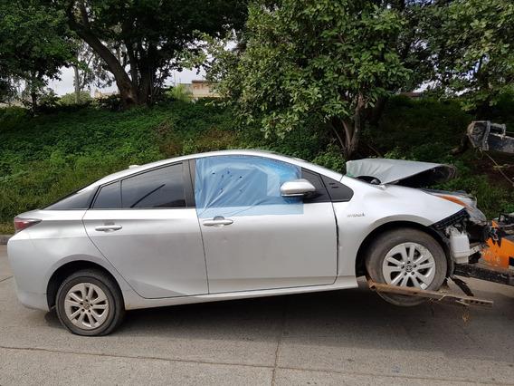 Toyota Prius Autopartes. Refacciones. Huesario.