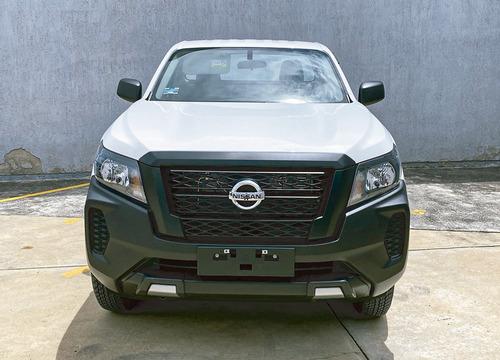 Imagen 1 de 8 de Nissan Np300 2021 2.5 Chasis Cabina Dh Aa Pack Seg Mt