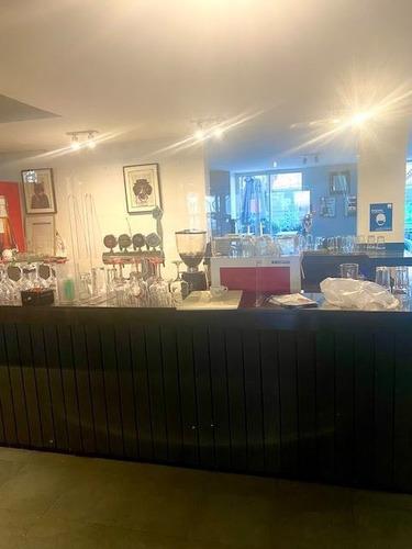 Imagen 1 de 14 de Casa Comercial Con Patente Alcoholes En Venta En Las Condes
