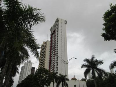 Vendoapartamento #18-11 **hh** En Costa Del Este