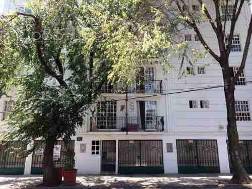 Renta - Departamento Amueblado - Roma Norte - 85 M2
