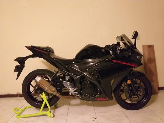 Yamaha Yzfr3 Negra