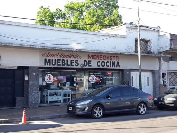 Local En Alquiler!! Av. Boulevard Buenos Aires 1250