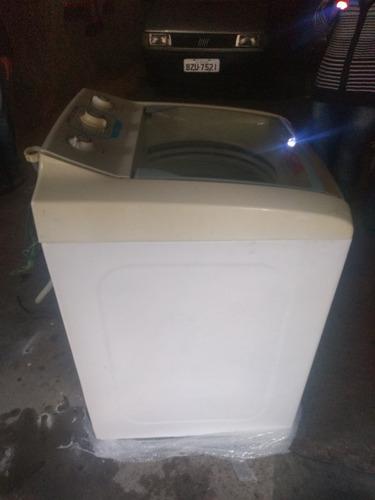 Imagem 1 de 2 de Manutenção Em Máquina De Lavar