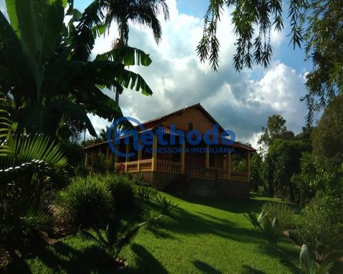 Belíssima Chácara Com 2 Casas, Churrasqueira E Forno A Lenha 2..000m² De Amplo Terreno - Ch00019 - 68211422
