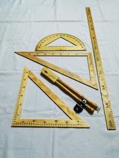 Paquete De 10 Juego De Geometría Pintarrón Con 5 Pzs Madera