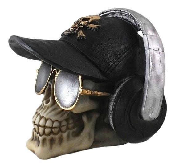 Crânio Boné Fone E Oculos Caveira Esqueleto Resina
