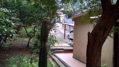 Casa Com Terreno De 400 M² Para Investimento.
