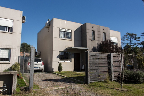 Duplex De 3 Dormitorios Y 2 Baños Barrio Jardín Aires Pinar
