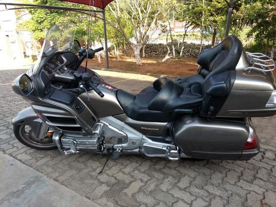 Honda Gold Wing 1800 Super Conservada