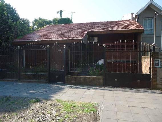Casa En Venta 6 Ambientes En Ituzaingó Norte
