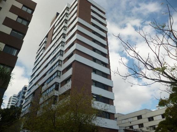 Apartamento Em Auxiliadora Com 3 Dormitórios - Nk17442