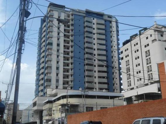 Patricia Molvinni Vende Apartamento El Centro # 20-8769 Pm