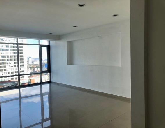 Rento Departamento En Interlomas, Plaza Victoria 3 Recámaras
