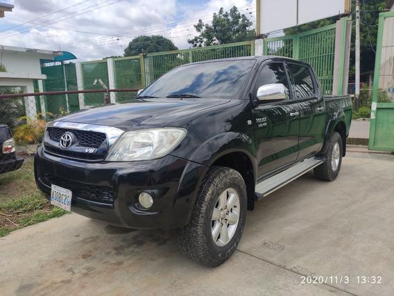 Toyota Hilux Kavak V6 4x4