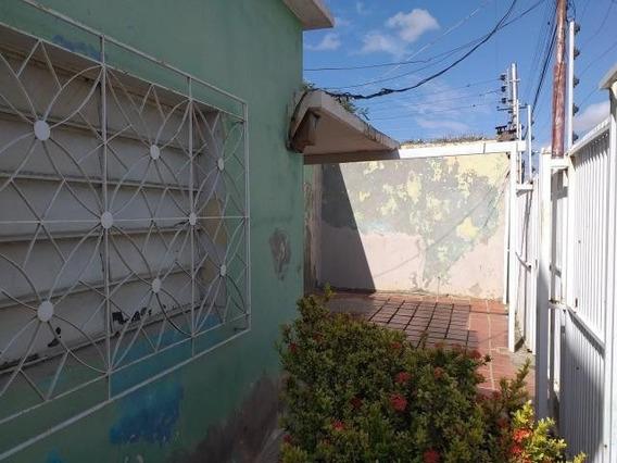 Casa En Venta Centro De Coro Cod-20-3849 04145725250