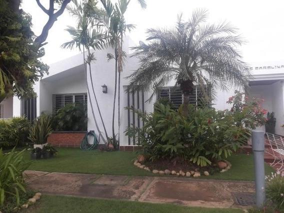 Casas En Venta En Maracaibo, Atgt Mls.20-1472 Fuerzas Armada