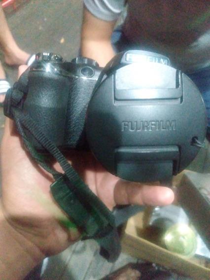 Câmera Finepix S 14mp
