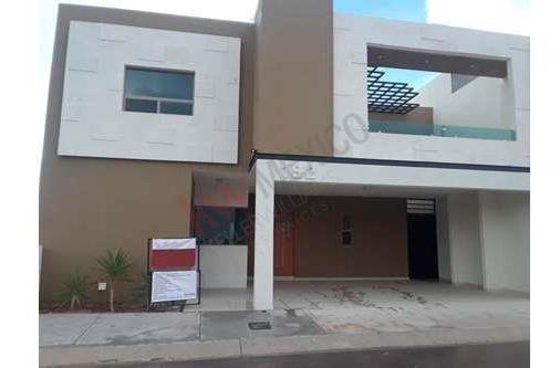 Casa Residencial Al Norte De La Ciudad En Fraccionamiento Cerrado Habita