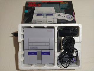 Consola Súper Nintendo + Tres Juegos + 2 Joystic Impecable!!