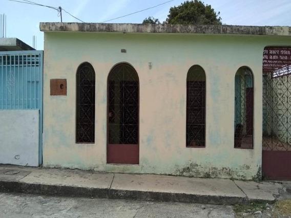 Casa En Venta Andrés E. Blanco 19-4681 Telf: 04120580381