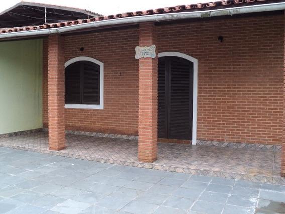 Casa Com 4 Dormitórios A 100 M Da Praia E Ótimo Preço