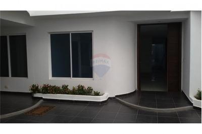 Casas En Arriendo Altamira 486-281