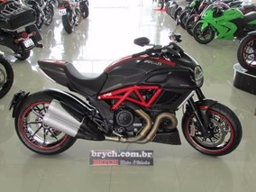 Ducati Diavel Carbon 1198 2013