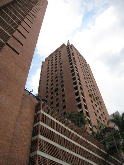 Se Vende Apartamento En Av Solano