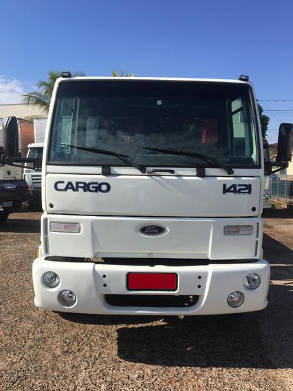 Ford Cargo 1421 2002/2002 Munck Argos 9.500 2008