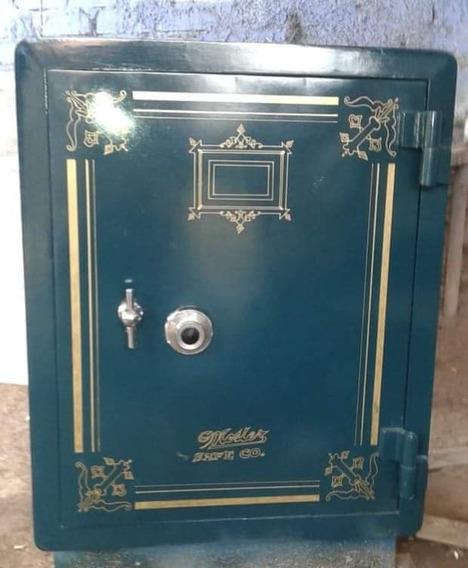 Antigua Caja Fuerte Marca The Mosler Safe Co  130 Años en