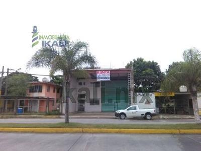 Renta Bodega Colonia La Calzada Tuxpan Veracruz. Ubicada En Boulevard A La Barra Norte # 224, En La Colonia La Calzada En El Municipio De Tuxpan Veracruz, La Bodega Cuenta Con Una Superficie De 400