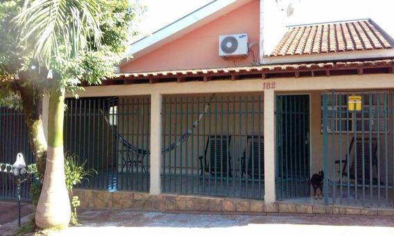 Casa Em Jardim Vitoria Ii, Itápolis/sp De 140m² 2 Quartos À Venda Por R$ 300.000,00 - Ca486915
