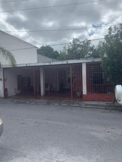 Casa En Lomas Mederos, Monterrey