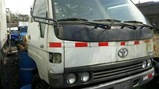 Cabina Toyota Dina 300
